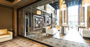 hufcor-frameless-glasswall-proximity-hotel_955_500_s_c1